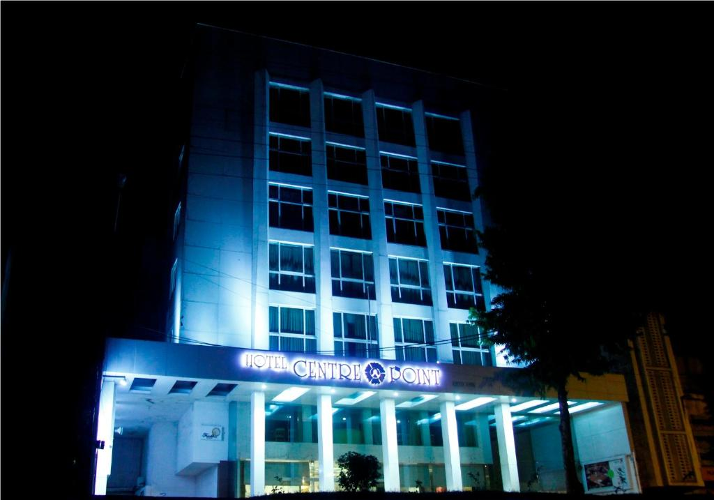 Hotel Centre Point in Nagpur