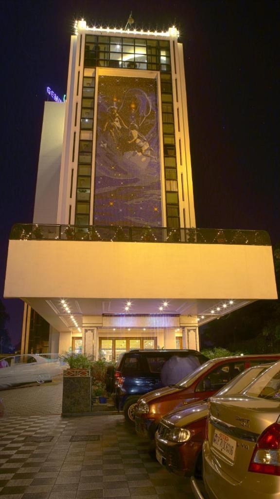 Gemini Continental in Lucknow