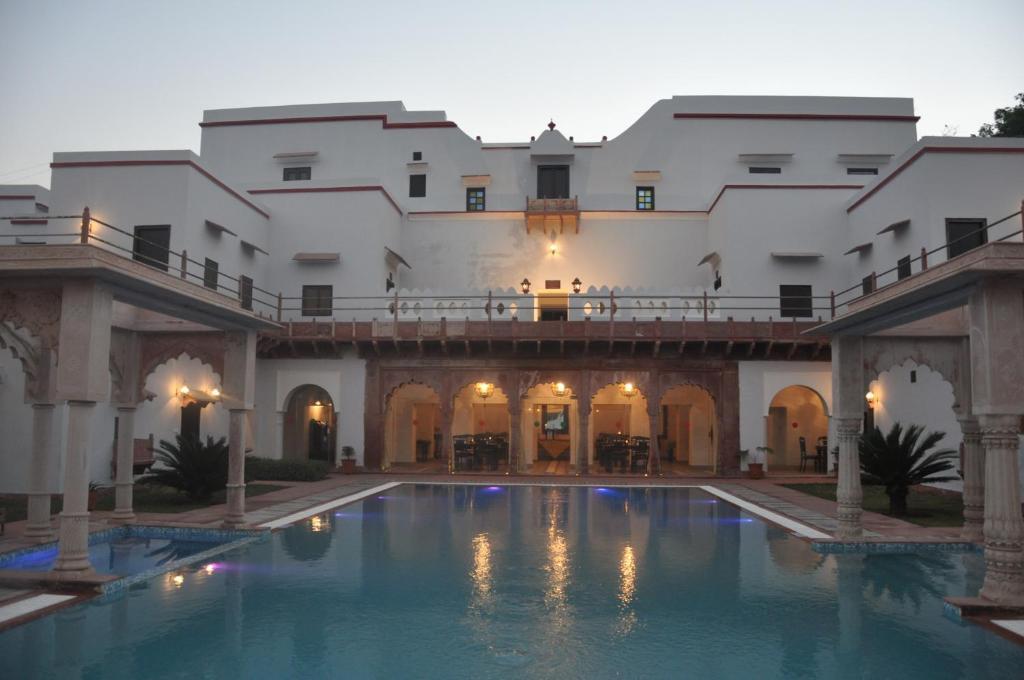 Chandra Mahal Haveli- An Amritara Private Hideaway in Bharatpur