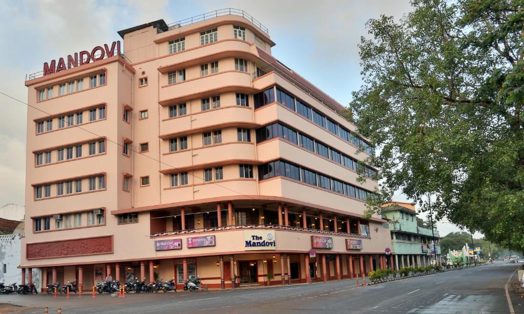 Hotel Mandovi in Goa