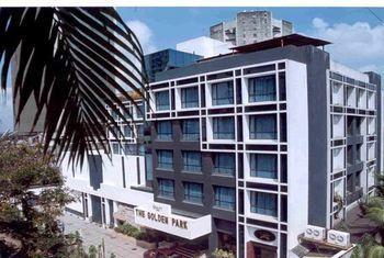 Golden Parkk Hotel in Kolkata