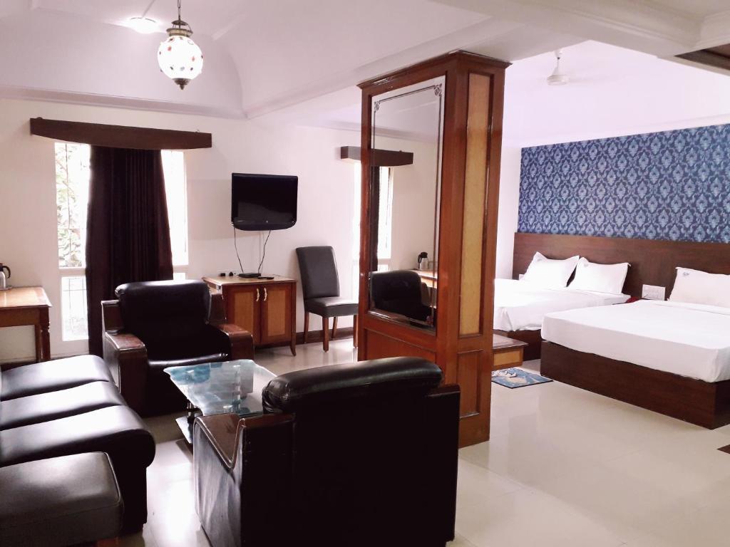 Hotel Chetan International in Bengaluru