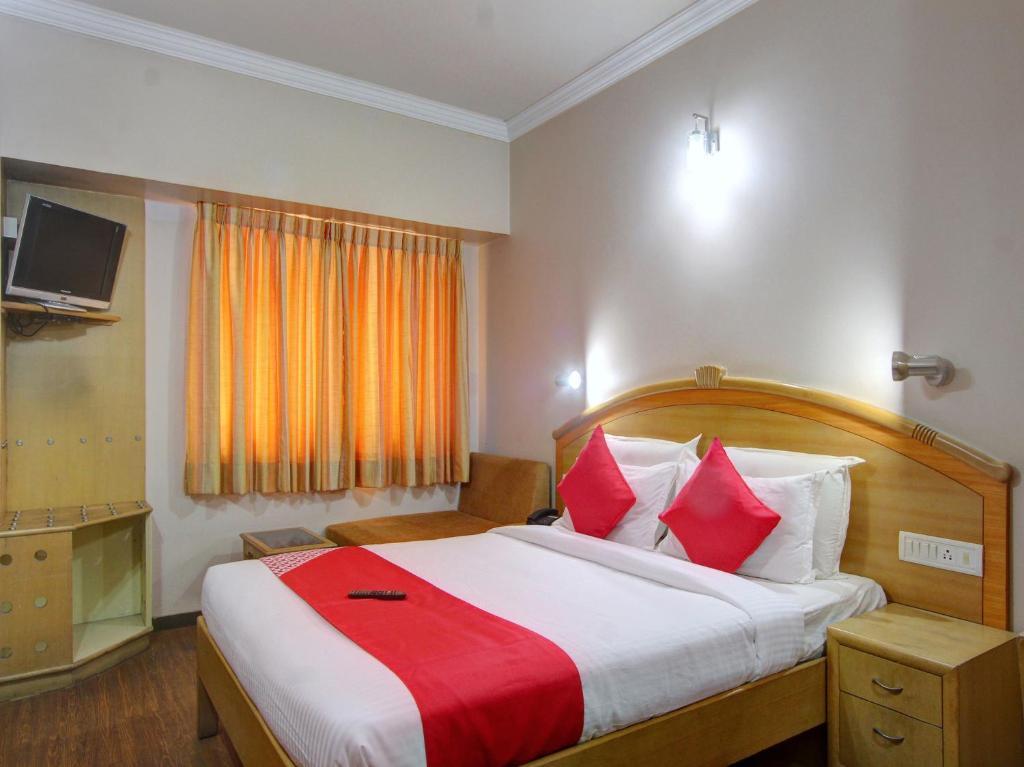 Oyo 15781 Shree Adiga Residency in Bengaluru