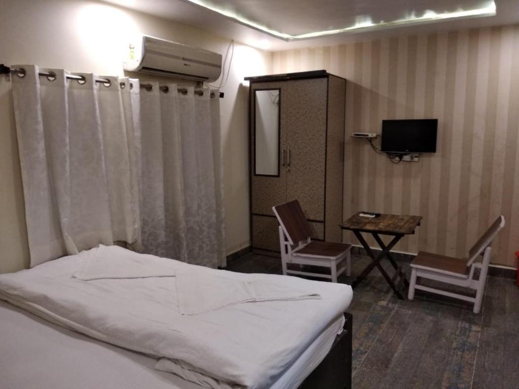 Ajay Guest House in Varanasi