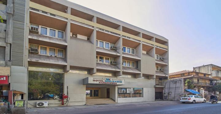 Hotel Neelkanth Panshikura in Ahmedabad