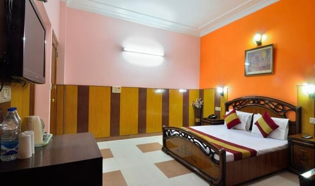 Hotel Kishore Castle in Amritsar