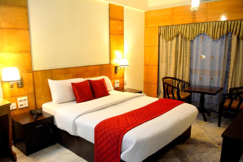 Hotel City Centaur in Bengaluru