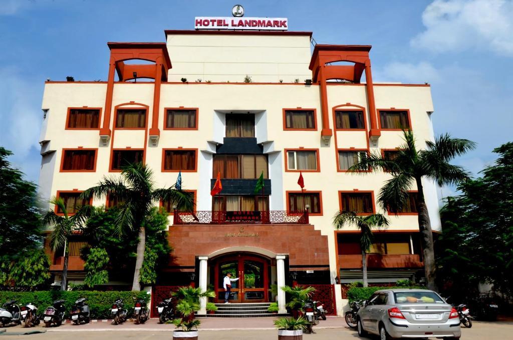 Hotel Landmark in Gwalior