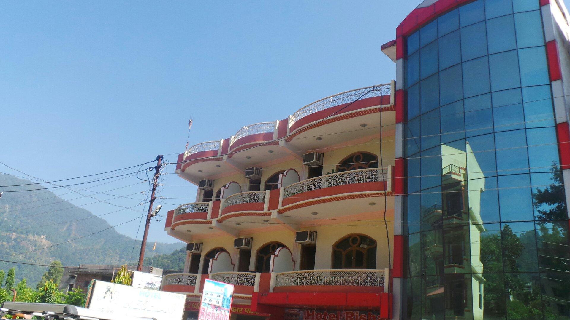 Rishabh Grand Castle Resort in Rishikesh