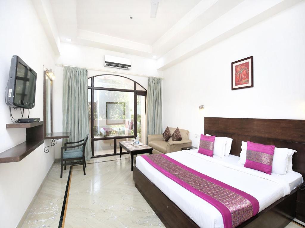 OYO 15395 Hotel 42 in Amritsar