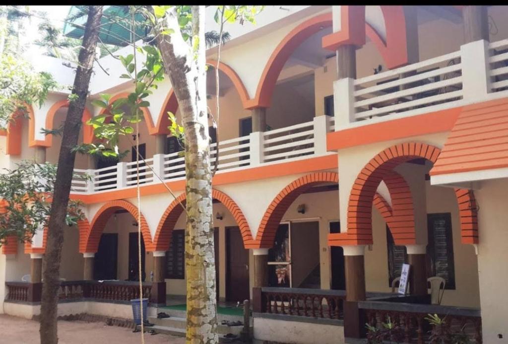 Hotel Sea Breeze in Thiruvananthapuram