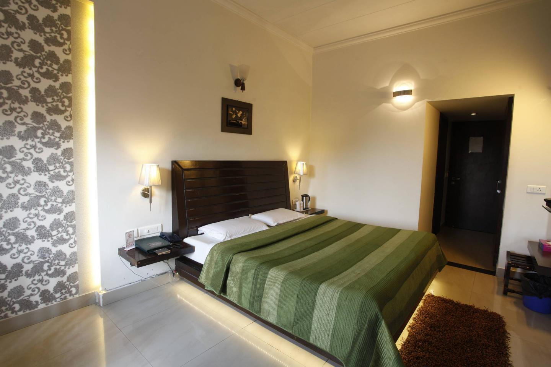 Hotel M J Residency in Dehradun