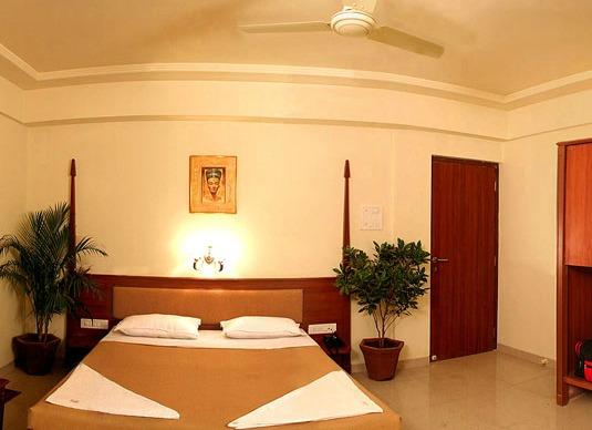 Hotel Saffron Suites in Mumbai