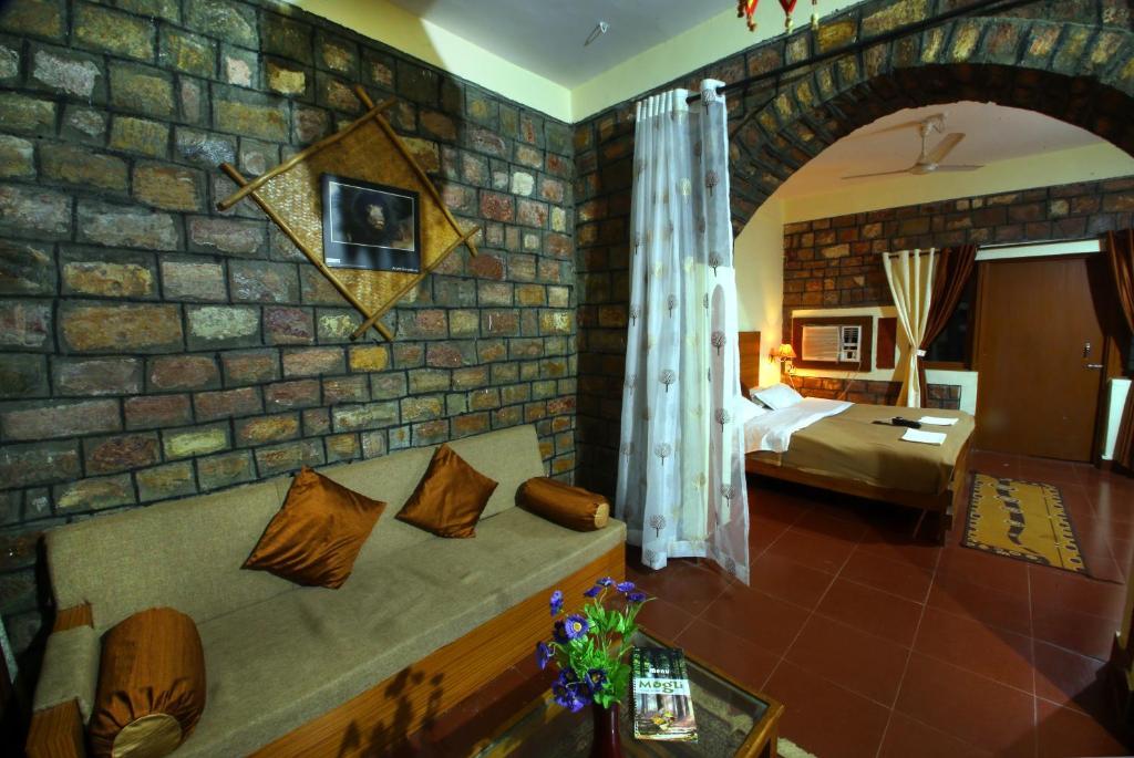 Mogli Jungle Resort Bandhavgarh in Umaria