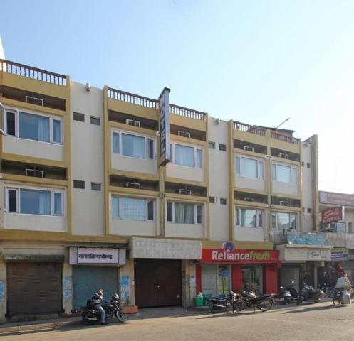Samrat Hotel in Ludhiana
