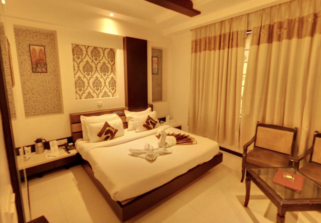 Hotel Royale Ambience in Raipur