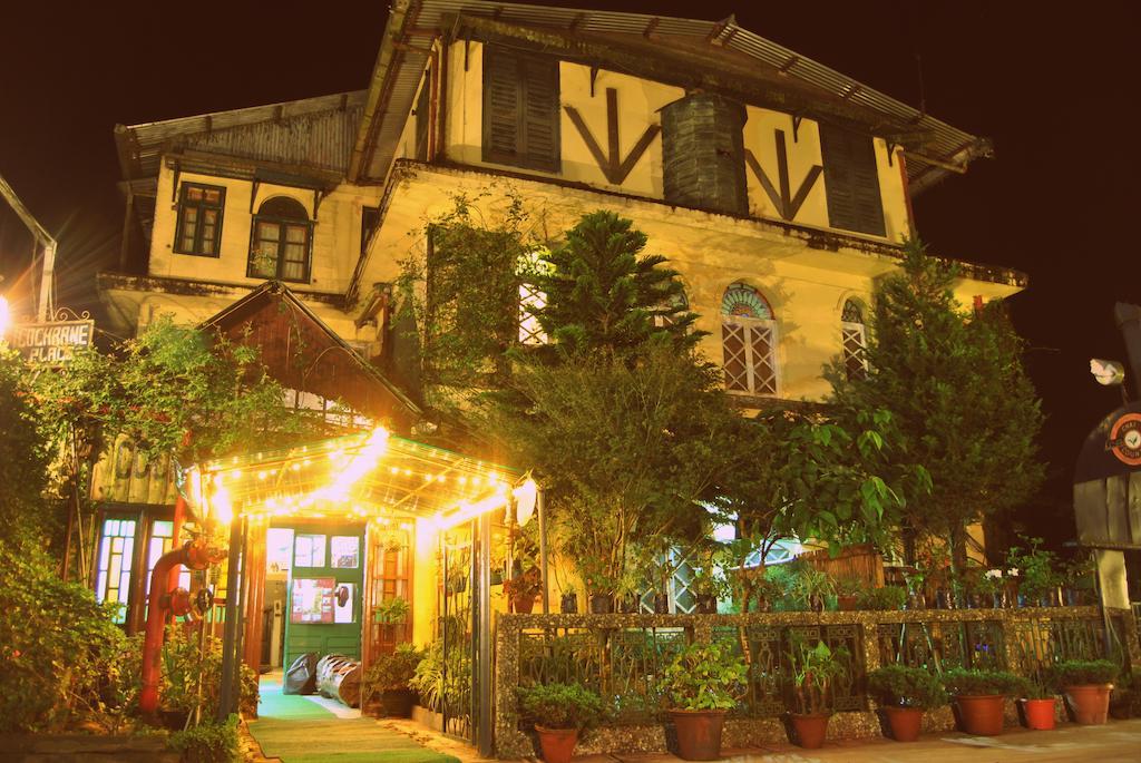 Cochrane Place Hotel in Darjeeling