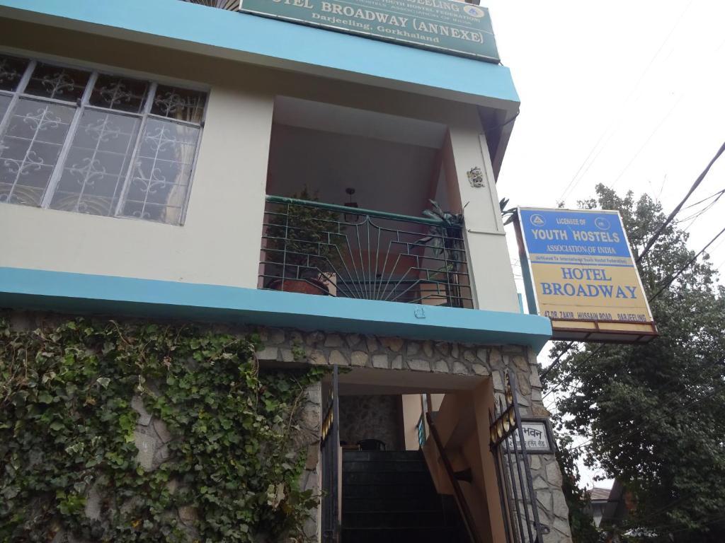 Hotel Broadway (annexe) in Darjeeling