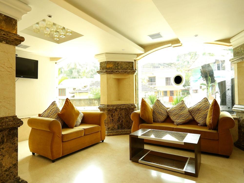 Emarald Hotel Cochin in Cochin