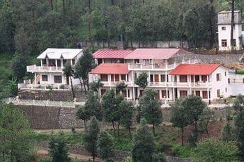 Sea Hawk Inn in Bhimtal