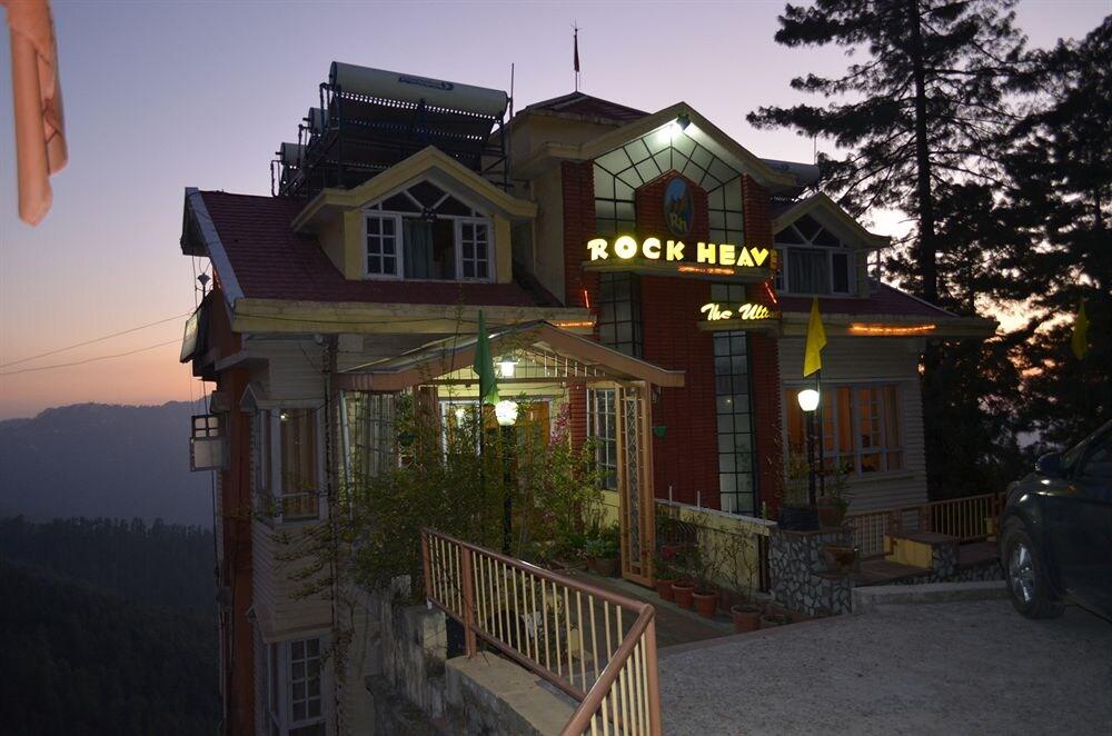 Hotel Rock Heaven in Shimla