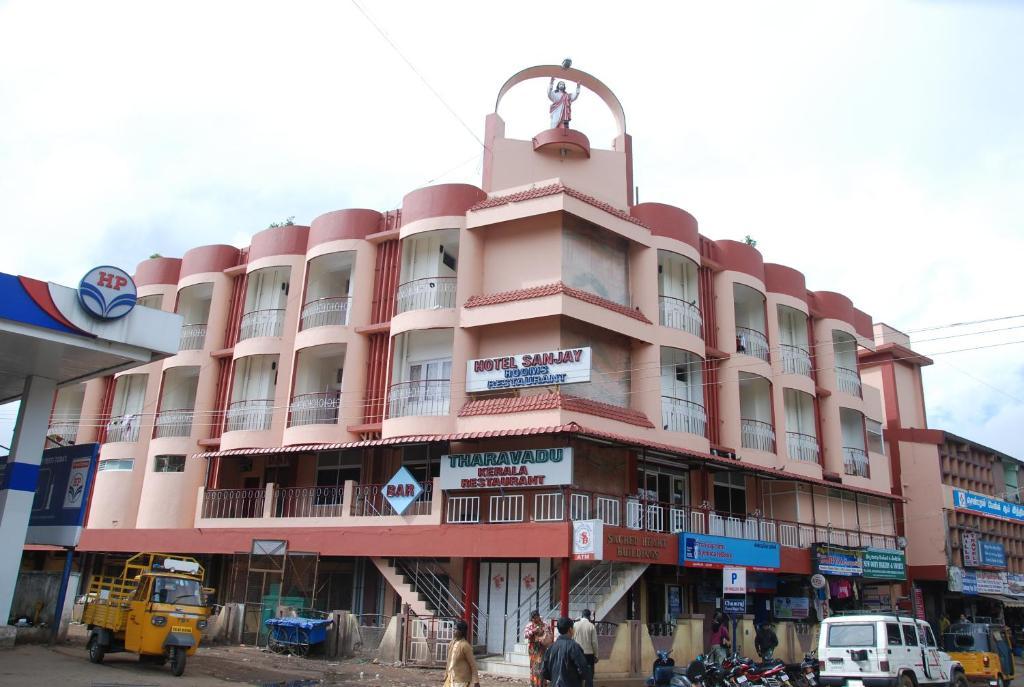 Hotel Sanjay in Ooty