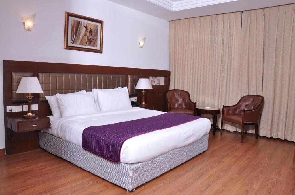Lilywhite Hotel in New Delhi
