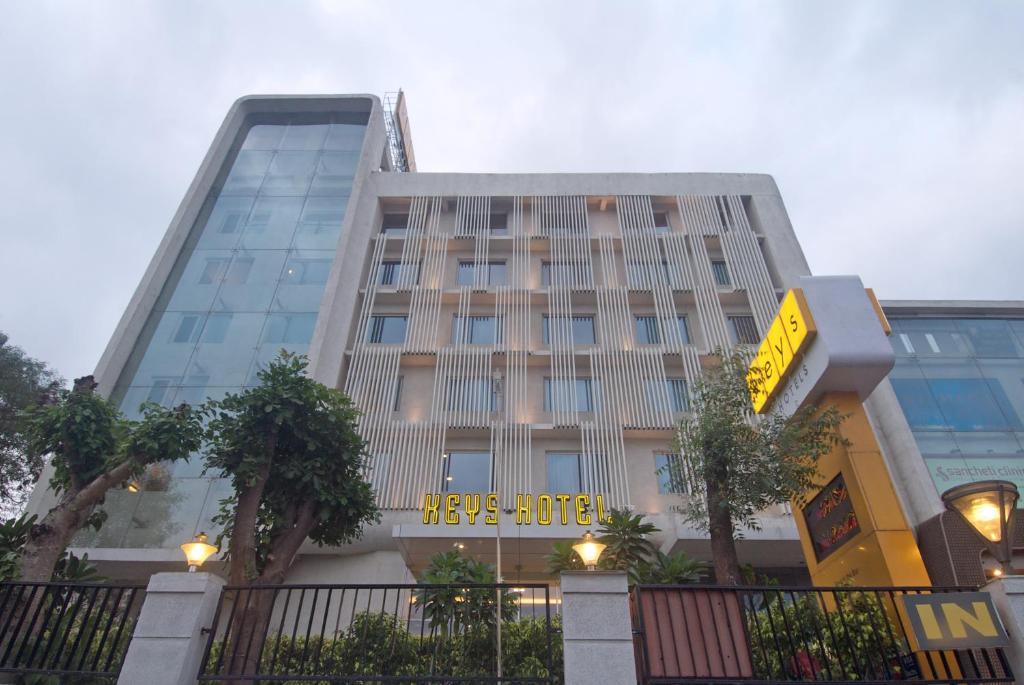 Keys Select Hotel Pimpri- Pune in Pune
