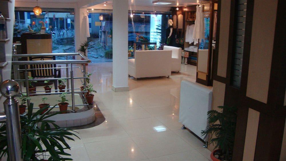Hotel Ganesha Inn in Rishikesh