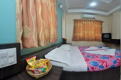 Hotel Saidhyan in Shirdi