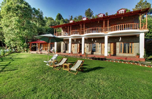Chevron Mountain Villa in Kausani