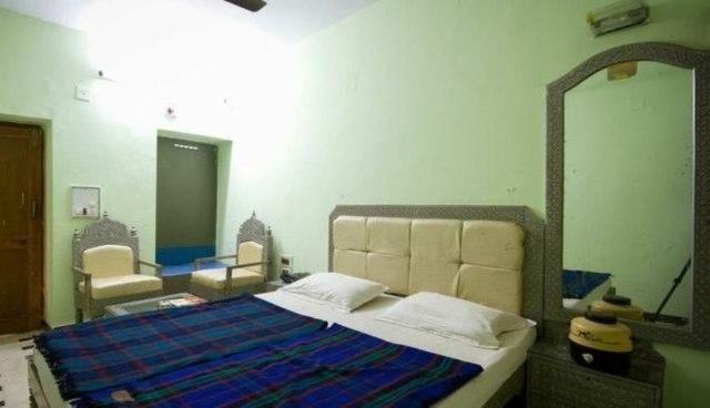 Hotel Vande Mataram in Mount Abu