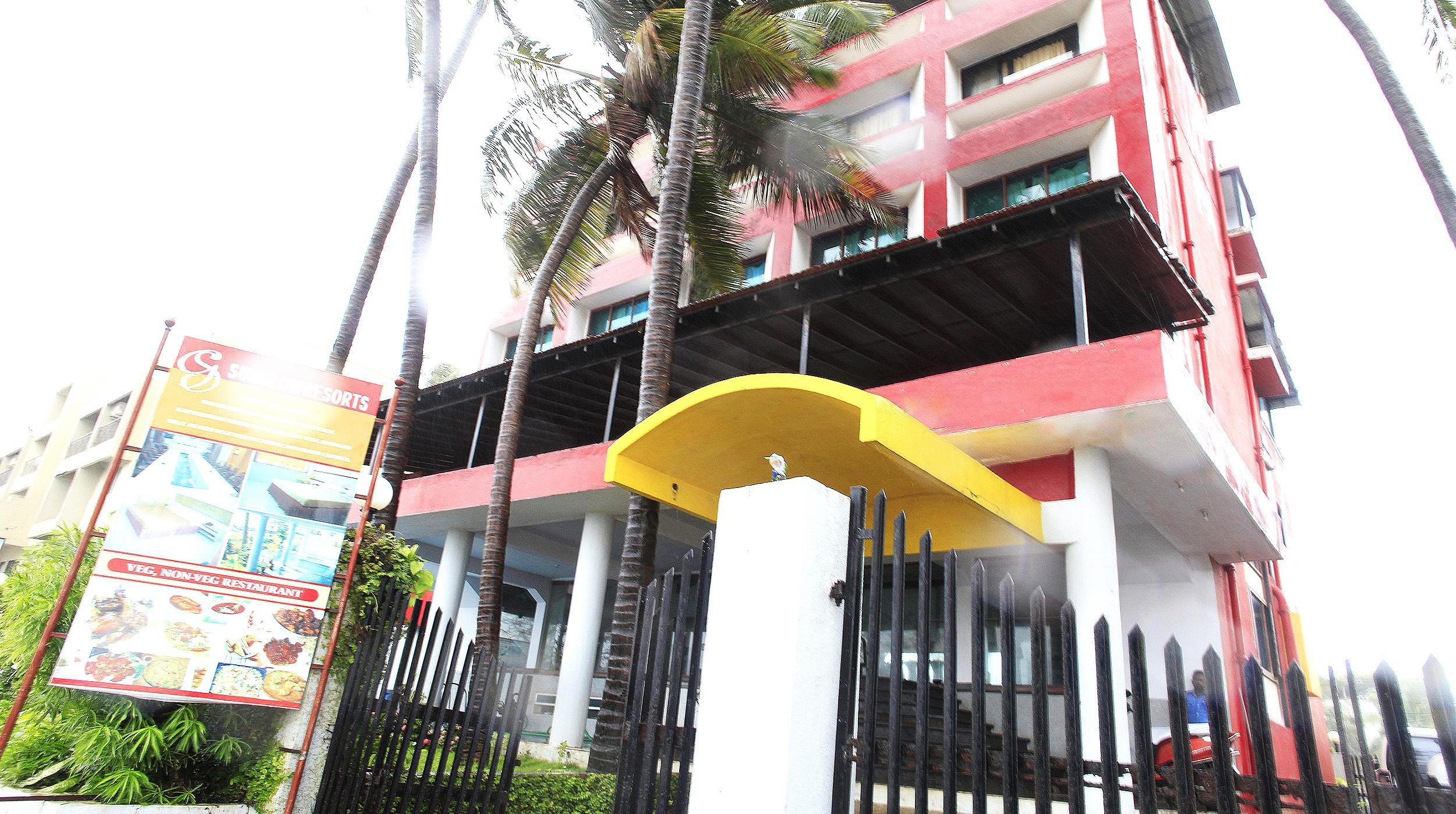 Sun Glow Resorts in Alibag