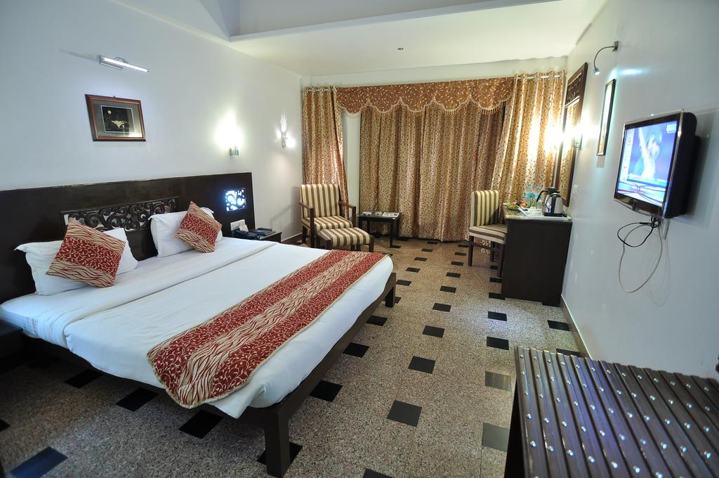 Hotel Venkatesh International in Raipur