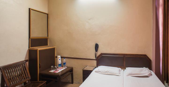 Hotel Saraswati in Jammu