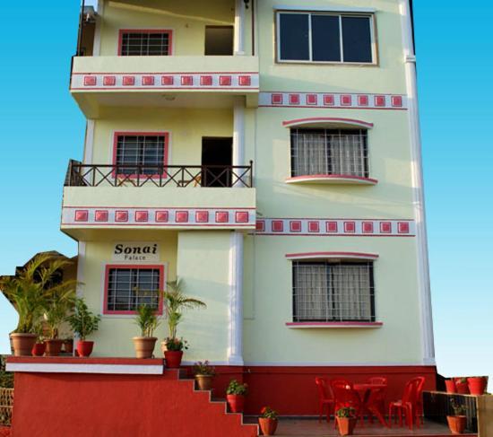 Shantis Hotel Sonai in Mahabaleshwar