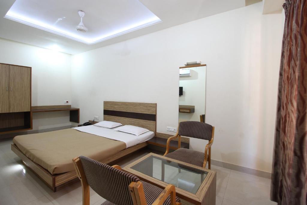 Hotel Chivala Beach in Malvan