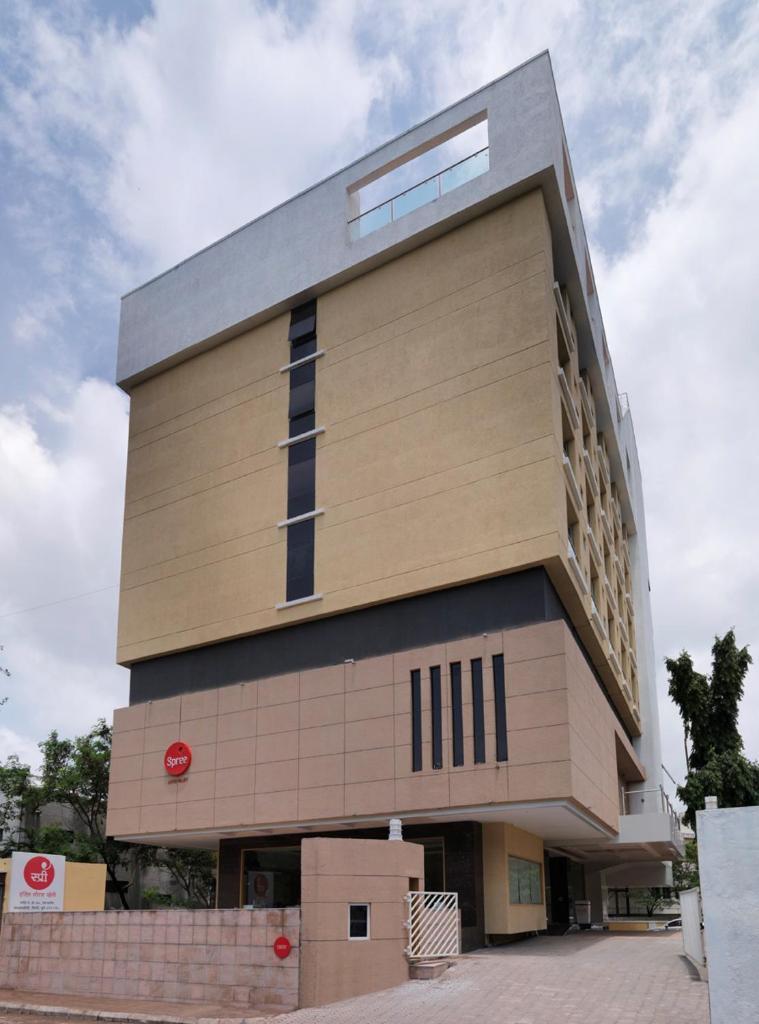 Spree - Shivai Hotel in Pune
