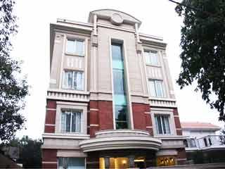Dolphinn Grand- A Boutique Hotel in New Delhi