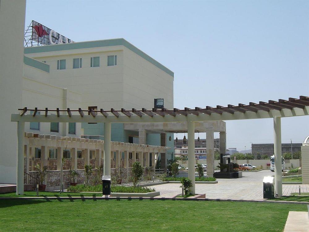 Cambay Golf Resort, Jamdoli in Jaipur