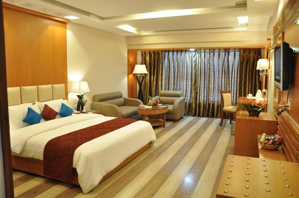 Hotel Babylon Inn in Raipur