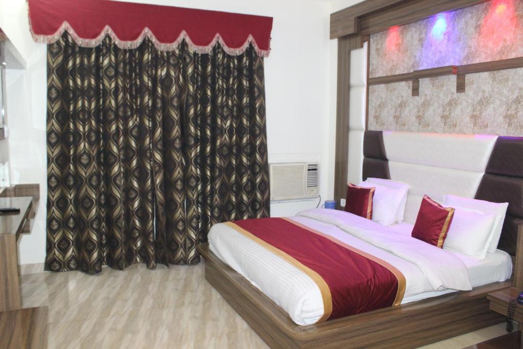 Hotel Nek Katra in Katra