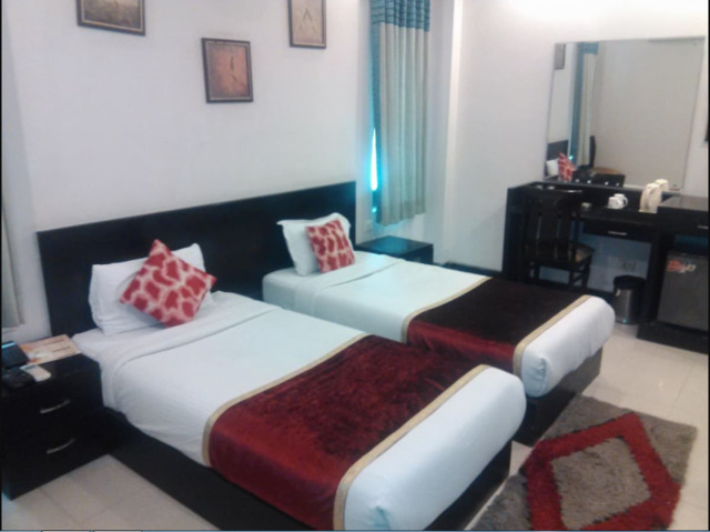 Hotel Swati Paschim Vihar in New Delhi