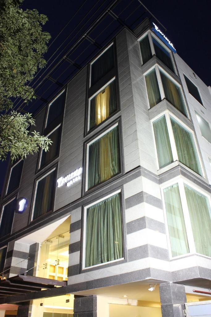 Tavisha Hotel in New Delhi
