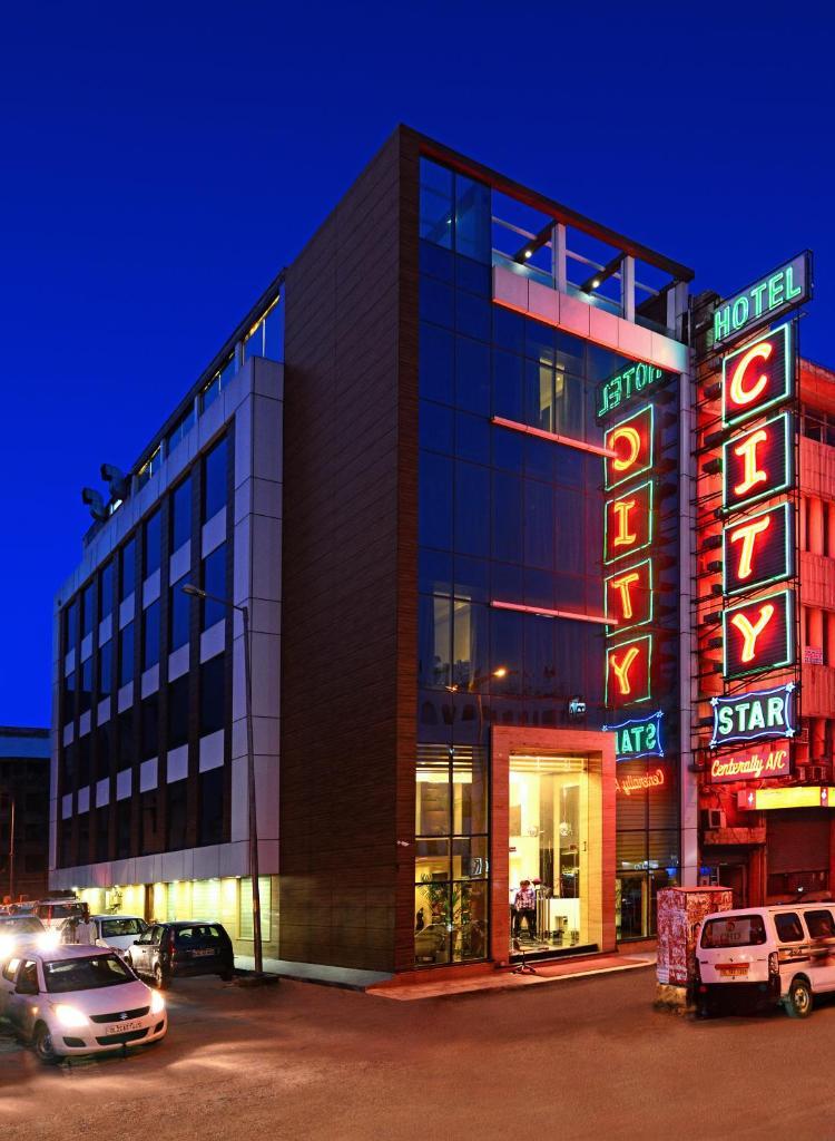 Hotel City Star in New Delhi