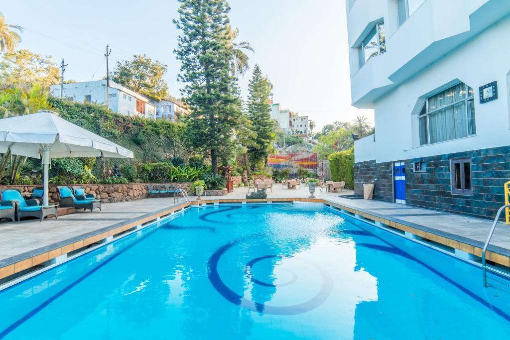 Hotel Hillock in Mount Abu