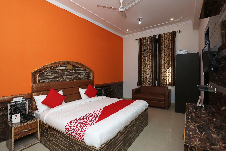 Oyo 7812 Shree Radha Resort in Mathura