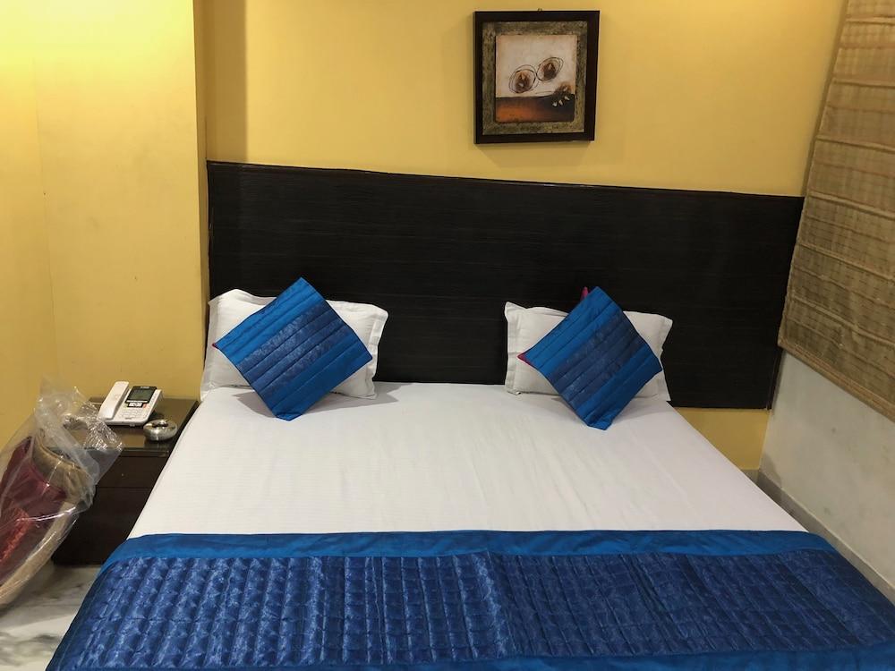 East Inn Hotel in New Delhi