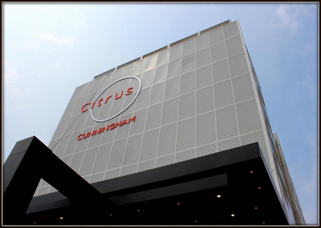 Citrus Cunningham Road Bangalore in Bengaluru