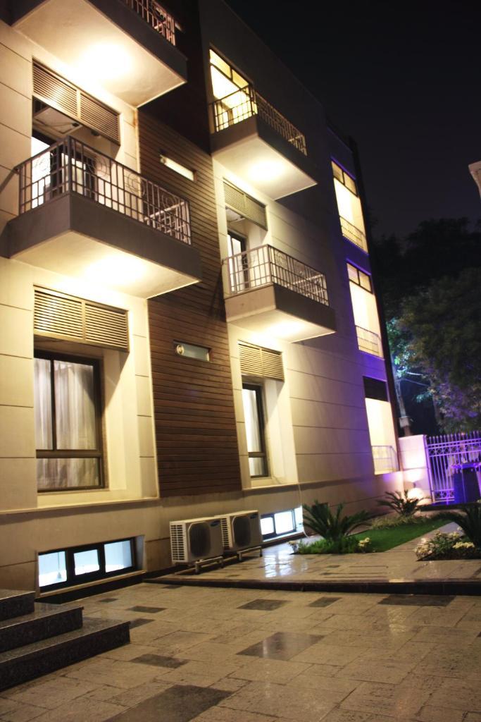 Stately Suites Mg Road in Gurugram